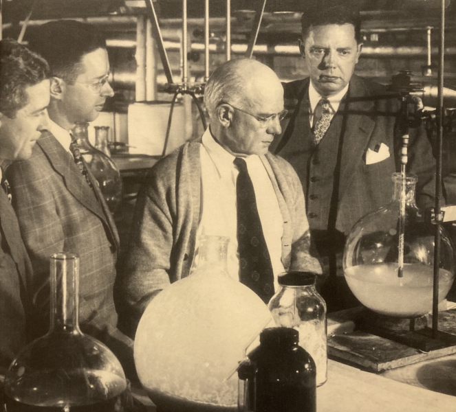 Edward Kendall (in sweater) and Philip Hench (far right) with colleagues Charles Slocumb (left) and Howard Polley in Kendall's laboratory at the Mayo Clinic