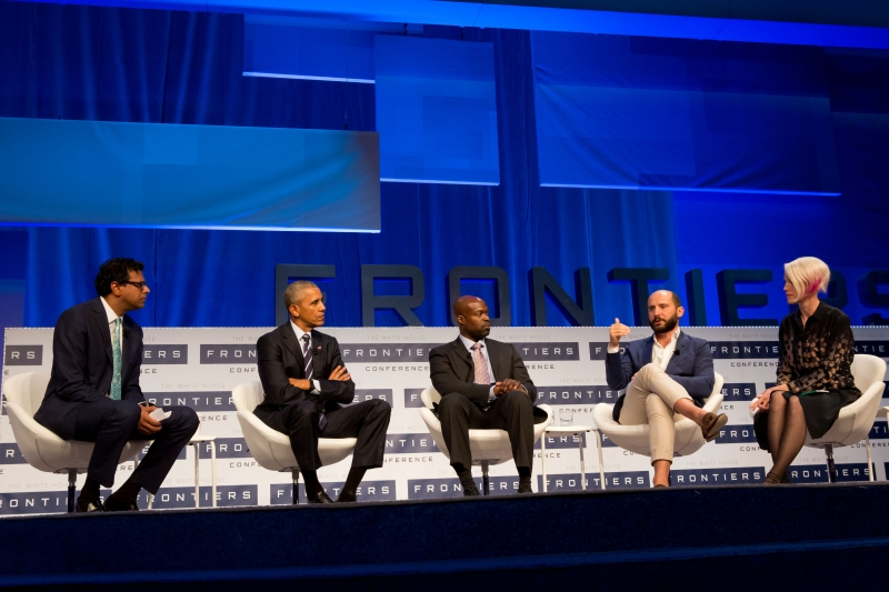 Atul Gawande moderates a plenary panel with Obama, Kafui Dzirasa, Riccardo Sabatini,  and Zoë Keating.